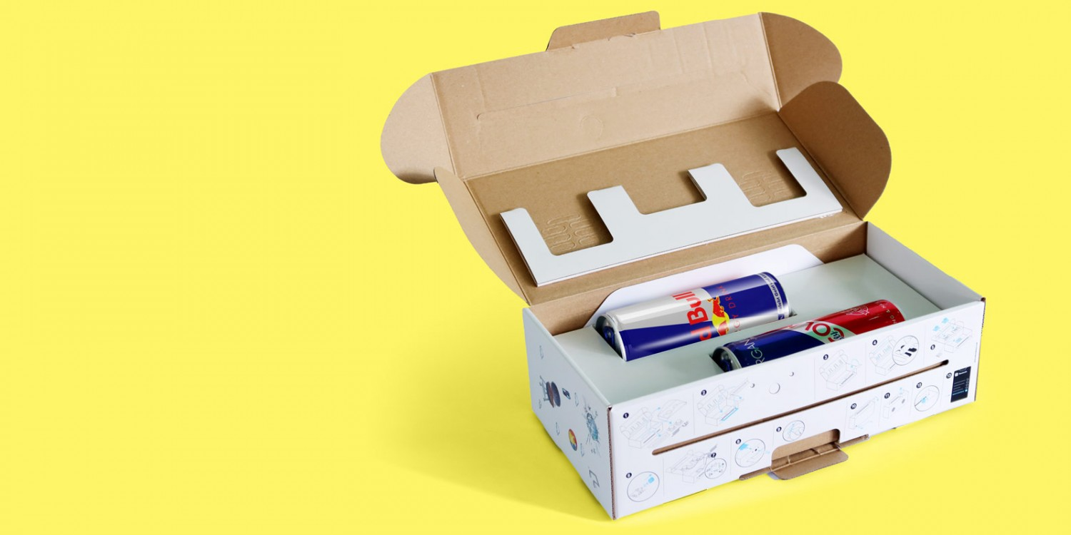 Boombox packaging for Red Bull with cans inside